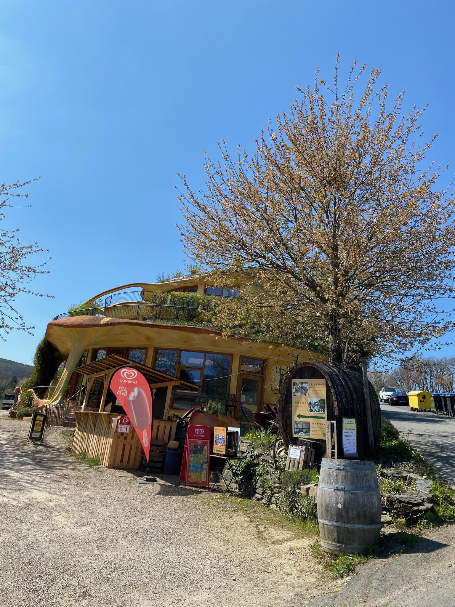 Gasthof auf dem Rotweinwanderweg